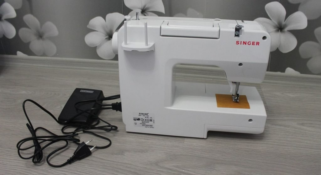 Electric drive for sewing machine
