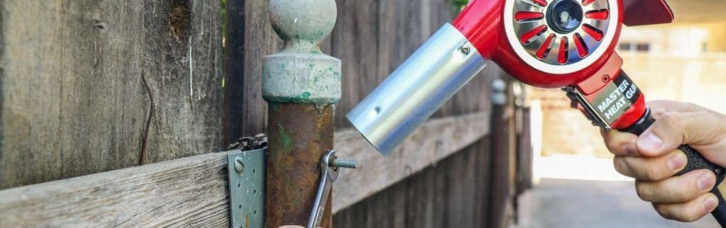 Loosen-up-your-rusted-on-bolts-with-a-heat-gun-768x512@2x.jpg