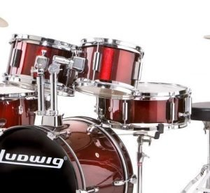 Ludwig Junior Outfit Drum Set 4 300x276 image