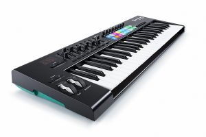 Novation Launchkey 49 USB Keyboard Controller 3 300x200 image