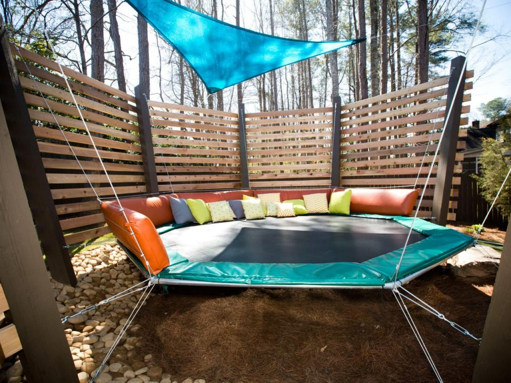 trampoline-canopy-bed
