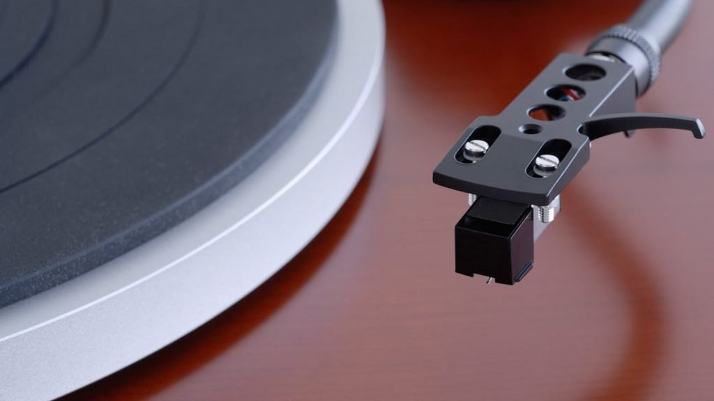 How to Ground a Turntable: A Guide for Absolute Beginners