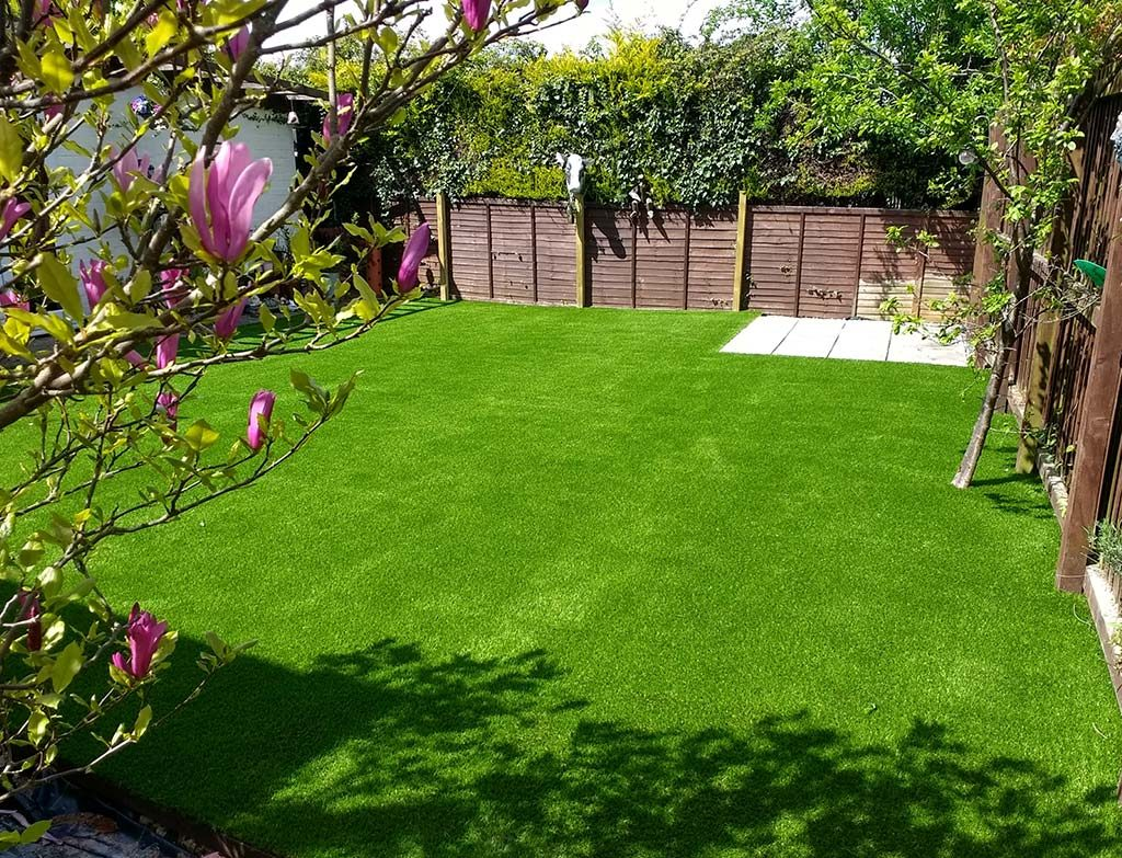 woburn-artificial-grass-install-4