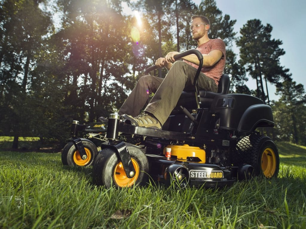 5 Spectacular Zero Turn Mowers with Which You Won't Miss an Inch!