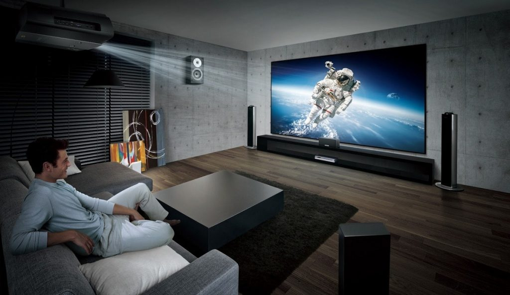 11 Great Projector Screens for Offices, Home Cinemas or Outdoor Movie Nights