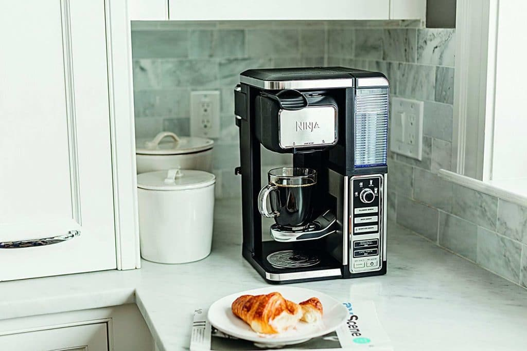 6 Awesome Single Serve Coffee Makers to Take the Guesswork out of the Process