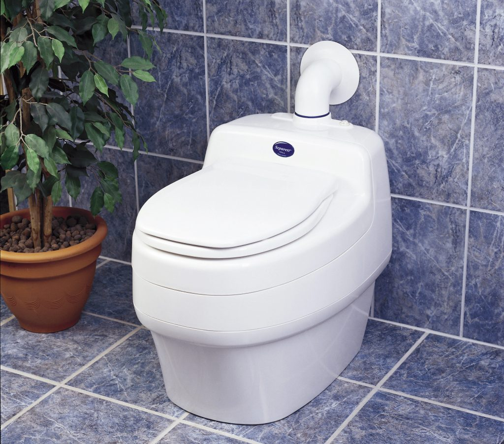 4 Best Composting Toilets You Can Buy in 2021 – Reviews and Buying Guide