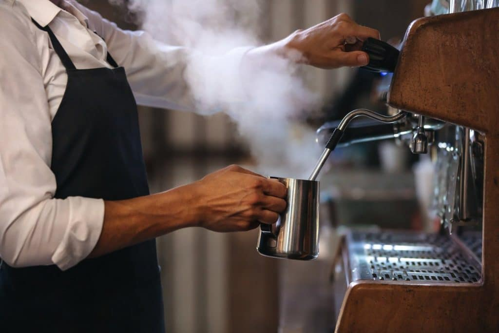 5 Powerful Commercial Espresso Machines to Run a Successful Business