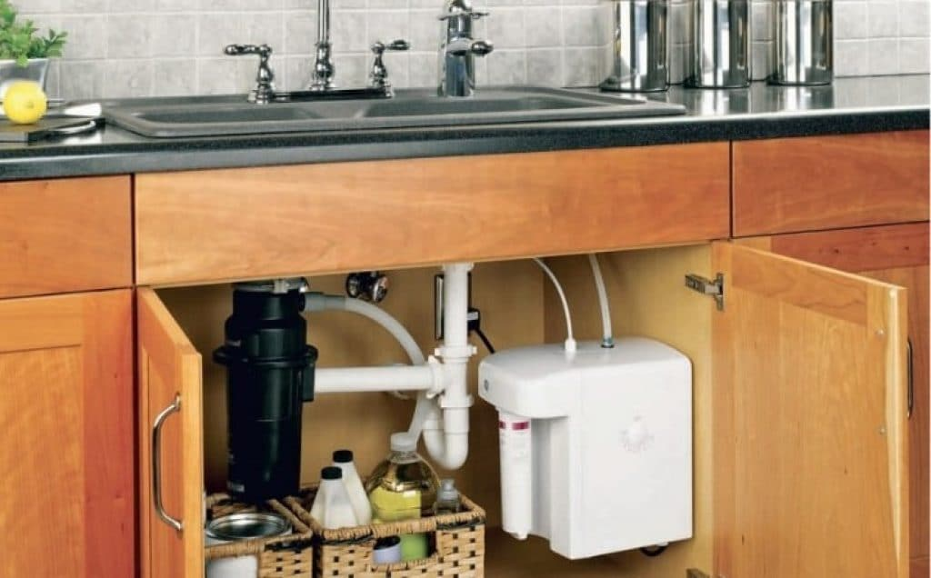 10 Efficient Inline Water Filters - Best Units for Your Sink, Kitchen Appliances or RV