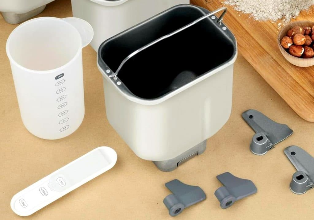 4 Incredible Zojirushi Bread Makers - The Most Delicious Loaves Cooked with Ease