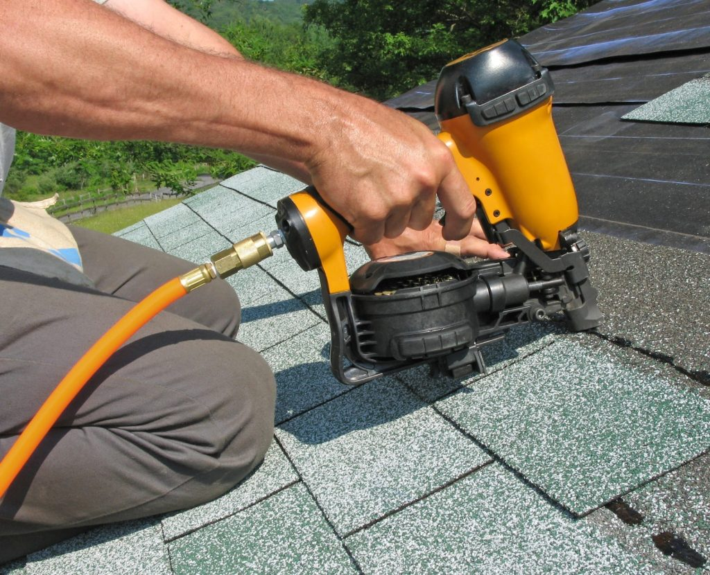 8 Powerful Roofing Nailers - Repair the House Head without Breaking a Sweat