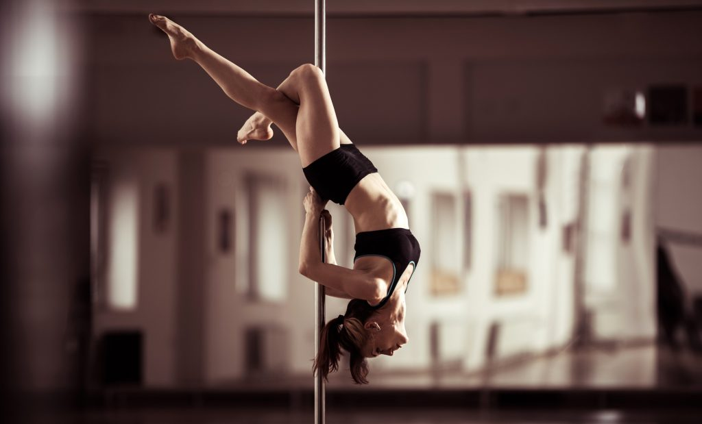 6 Perfect Poles for Home Use - Elegant Dancing Techniques Trained with Comfort
