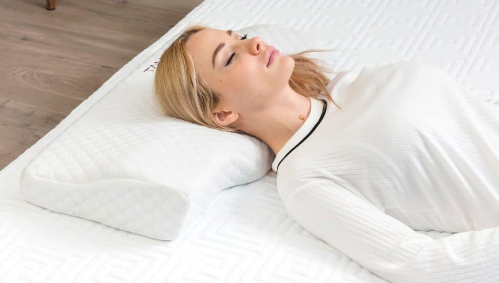 8 Excellent Pillows for Shoulder Pain – Get the Most Support with Your New Pillow