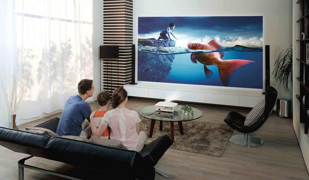 7 Best Projectors under $1000 – Reviews and Buying Guide