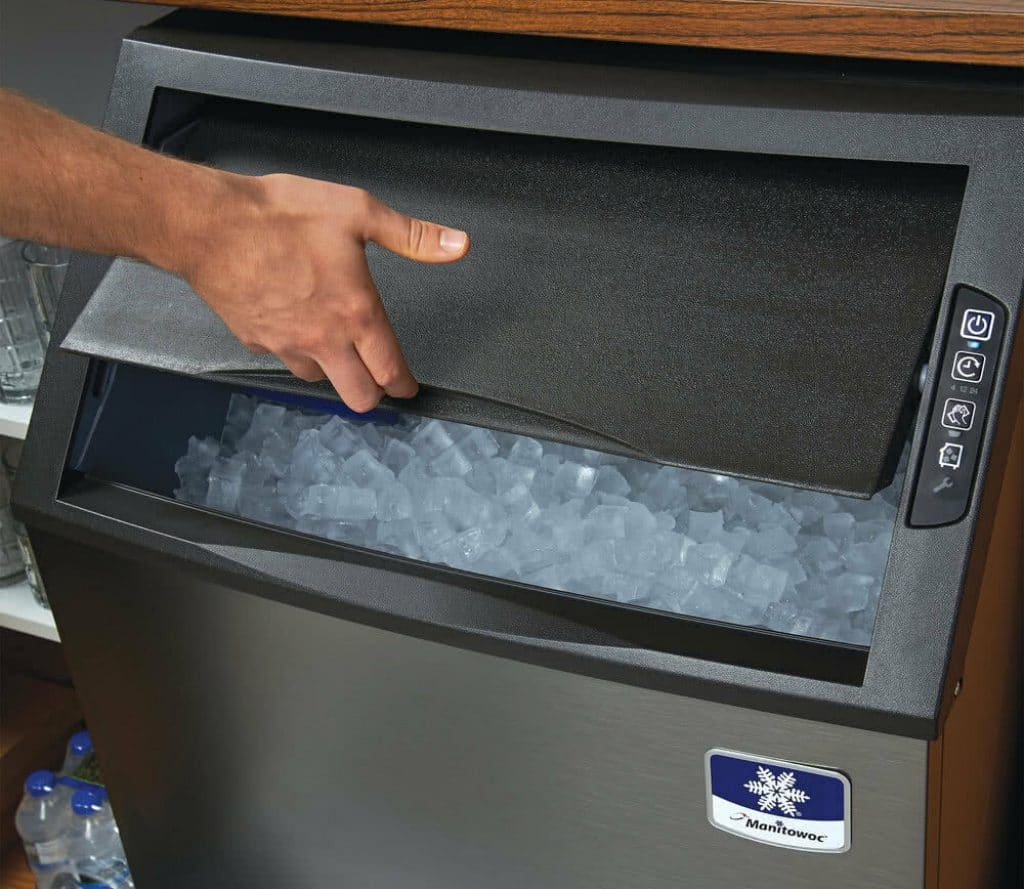 6 Highly Productive Ice Makers for Your Business and Home