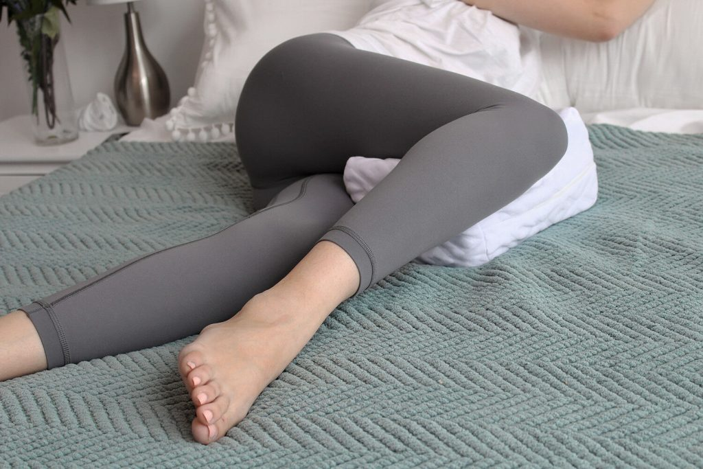 7 Supportive Knee Pillows for Comfort and Pain Relief