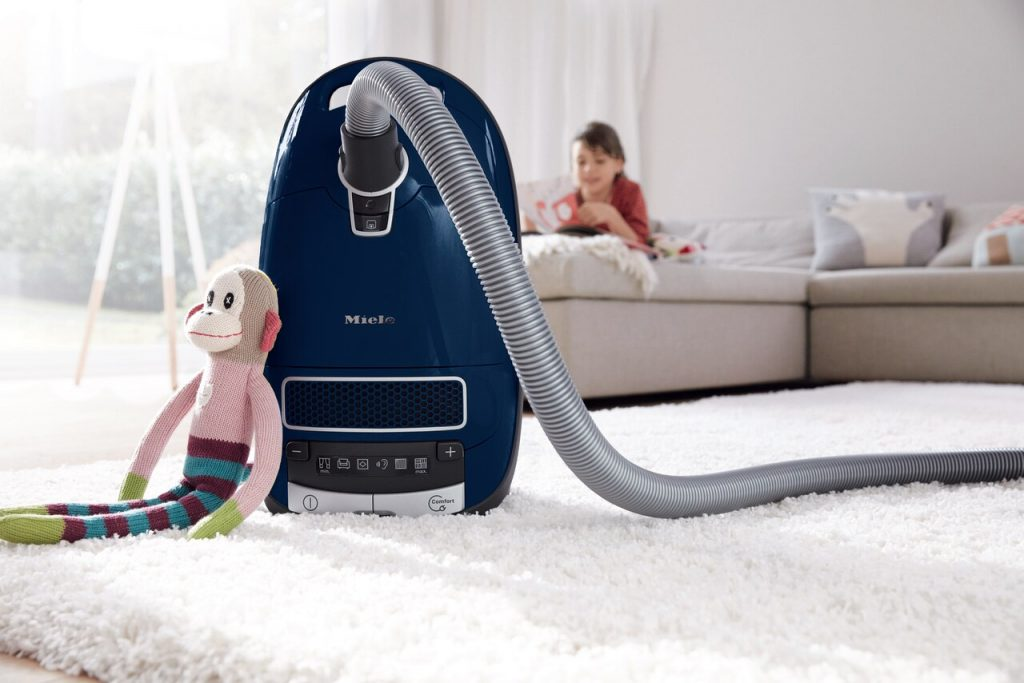 6 Best Miele Vacuum Cleaners – Quality and Longevity Guaranteed