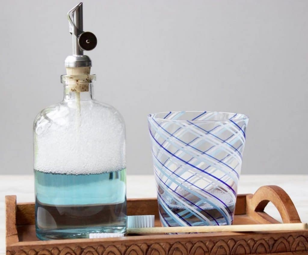 6 Most Convenient Mouthwash Dispensers — Reviews and Buying Guide