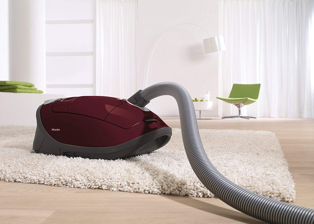 7 Most Effective Vacuums for High Pile Carpets — The Complete Guide