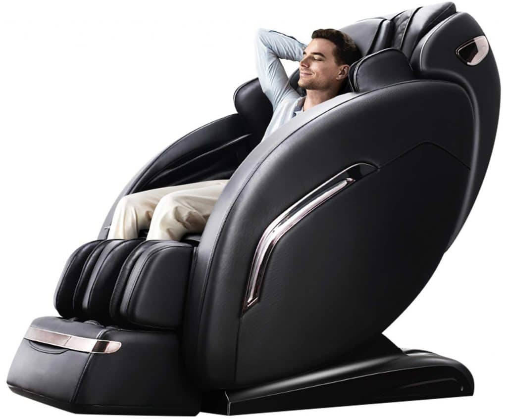 5 Best Massage Chairs for a Tall Person - Relaxing and Spacious!