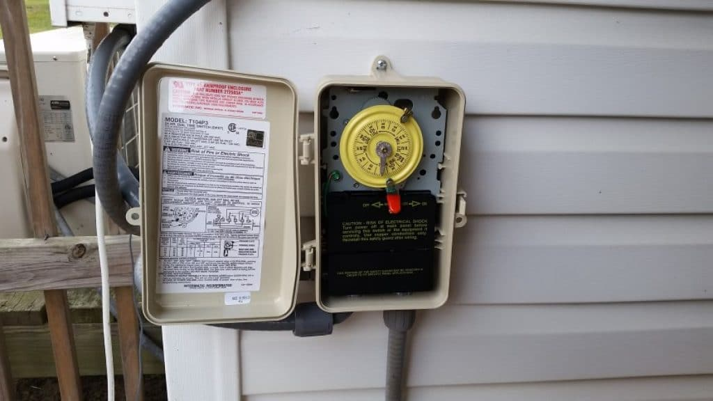 7 Best Pool Pump Timers - Reduce Your Electricity Bills!