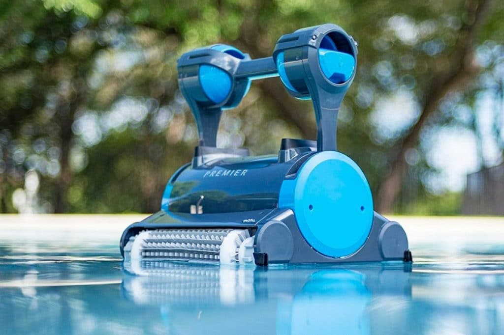 7 Most Efficient Robotic Pool Cleaners — Keep Your Pool Safe and Clean with No Effort!