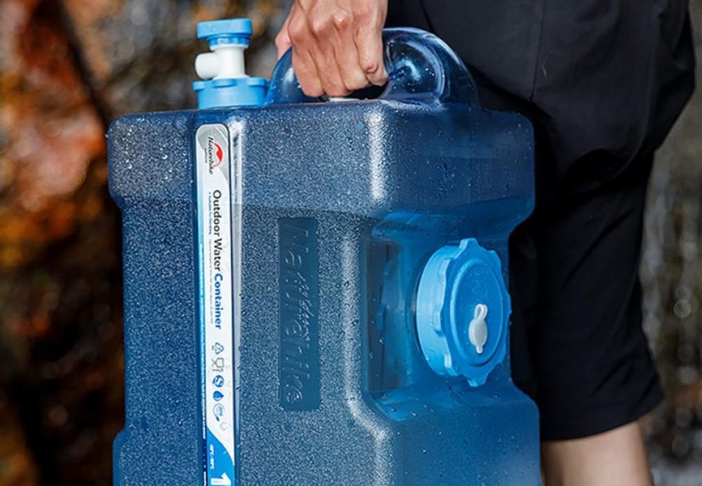 15 Excellent Water Storage Containers for Emergencies and Camping