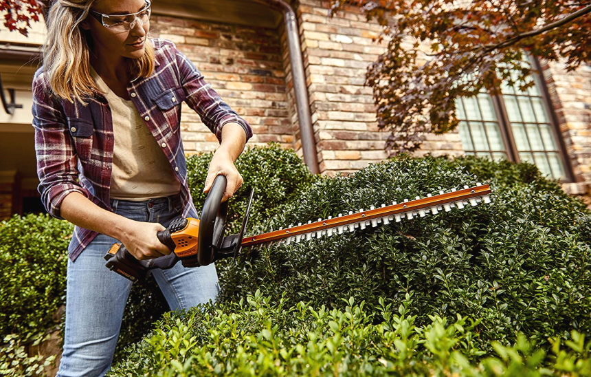 6 Most Effective Electric Hedge Trimmers the Market Has to Offer