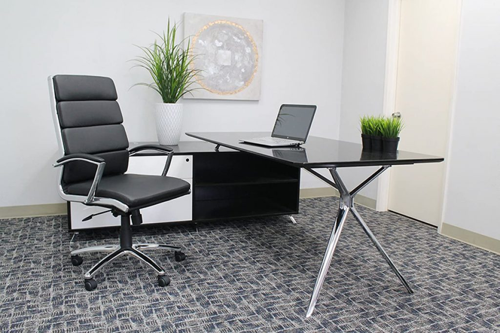 6 Best Office Chairs under $200 – Add Comfort to Your Working Day!