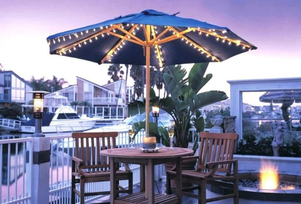 7 Best Patio Umbrella Lights - No Need to Stop the Party after Dusk