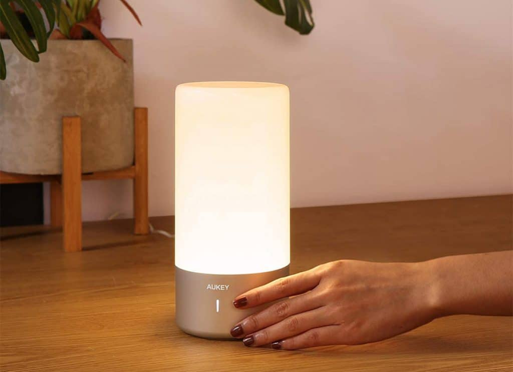 5 Most Noteworthy Touch Lamps – Easy Controls, Maximum Functionality!