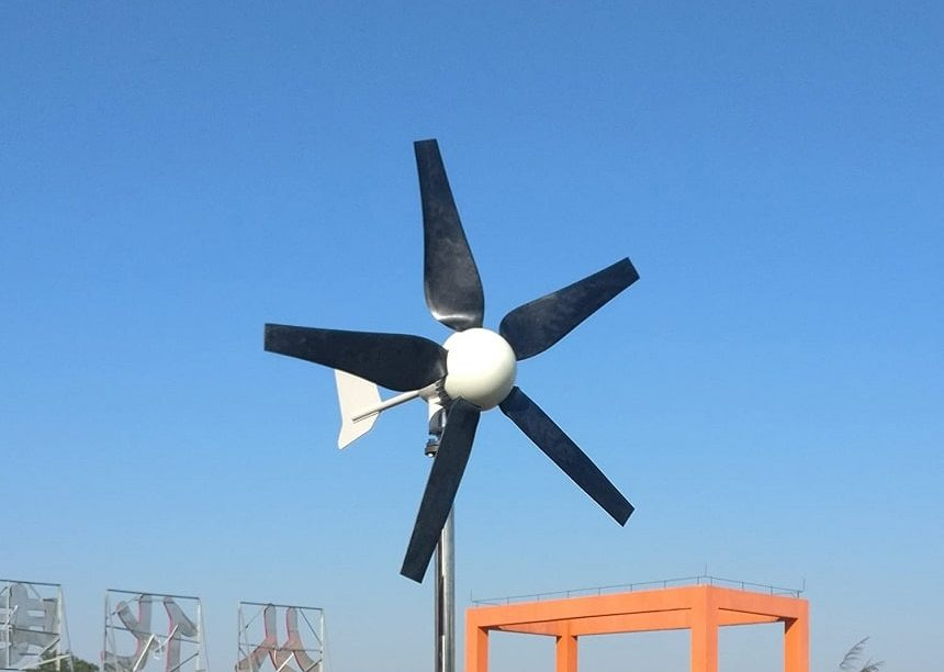 6 Best Home Wind Turbines – Your Source of Green Energy!