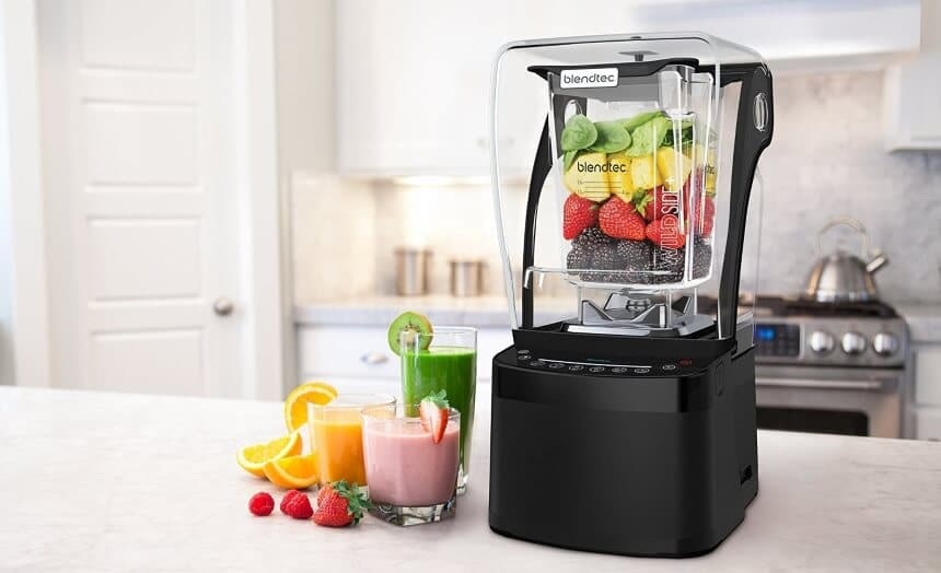 Juicer vs. Blender: What's the Difference?