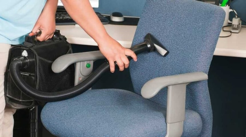 How to Clean Fabric Office Chairs: Easy Tips and Tricks