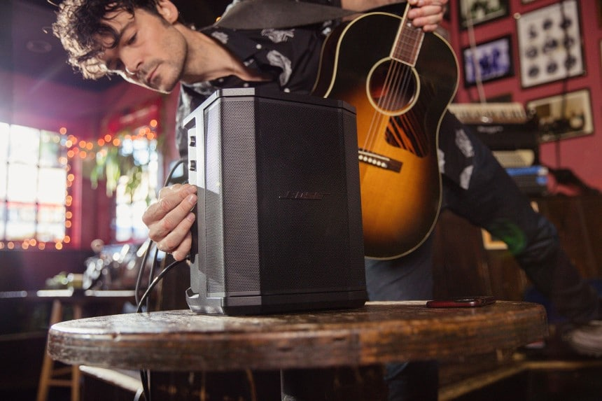 8 Ways to Play Electric Guitar without AMP