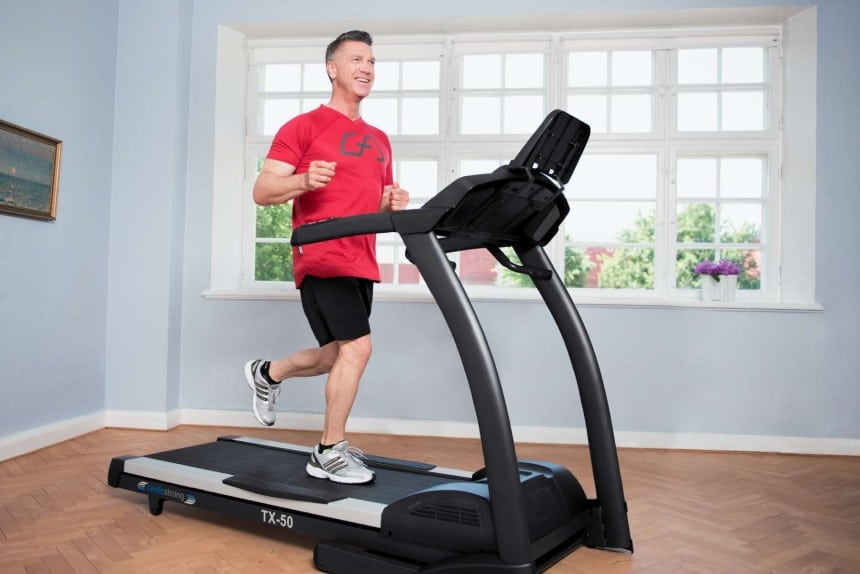 Rowing Machine vs Treadmill - Which Fits Your Lifestyle?