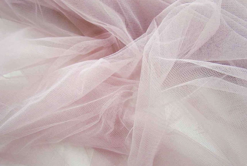 Organza vs Tulle: The Difference Explained