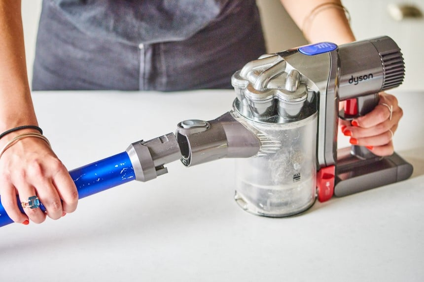How to Clean Dyson Vacuum: Detailed Guide