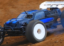 Best RC Buggy – The Right Car on Track