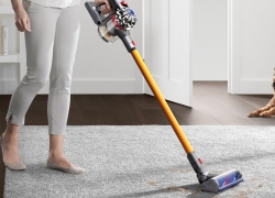 15 Top-Rank Cordless Vacuum Cleaners – Be Free of Cords in 2020
