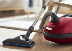 8 Best Bagged Vacuums for Any Home