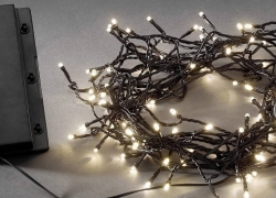 10 Best Battery-Powered Lights – No Need to Pay for Expensive Electricity!