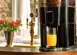 6 Excellent Commercial Juicers – Reviews and Buying Guide