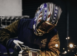 6 Awesome Custom Welding Helmets – Reviews and Buying Guide