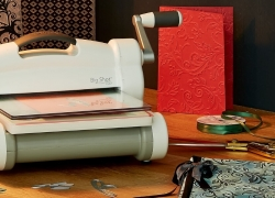 7 Best Fabric Cutting Machines – Efficient and Effortless!