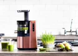 7 Best Juicers under $100 – Why to Pay More?