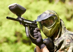 8 Most Impressive Paintball Guns Under $200 – Reviews and Buying Guide