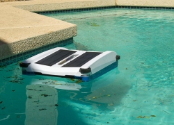 10 Most Reliable Pool Skimmers – Keep Your Pool in Pristine Condition!