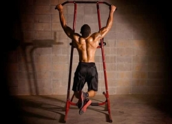 12 Sturdy Power Towers – Turn Your Home into a Professional Gym!