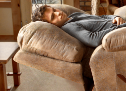 5 Most Comfy Recliners for Sleeping – Best Picks of 2019